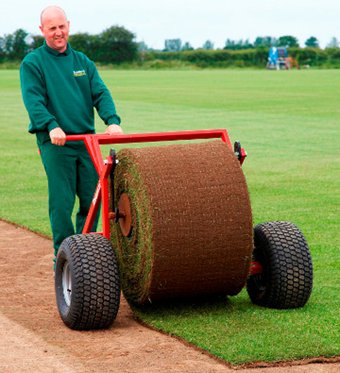 Turfmaster turf laying trolley