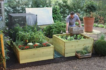 Rolawn Raised Beds